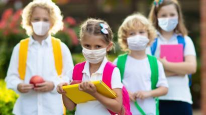 Bezpieczny powrót do szkół – zasady i wskazówki.